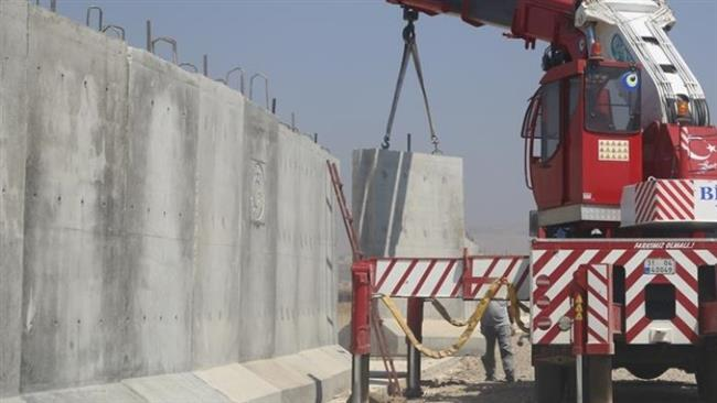 Construction of a wall along the border of North and East Kurdistan