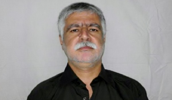 Mohammad Nazari Kurdish political prisoners have been released three years ago has been denied treatment in prison.