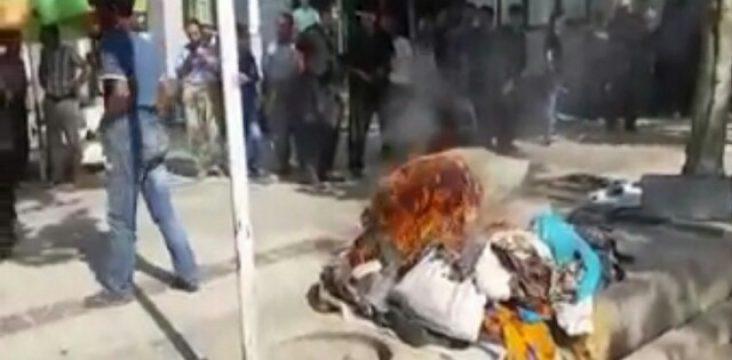 A vendor in Marivan his property burnt.