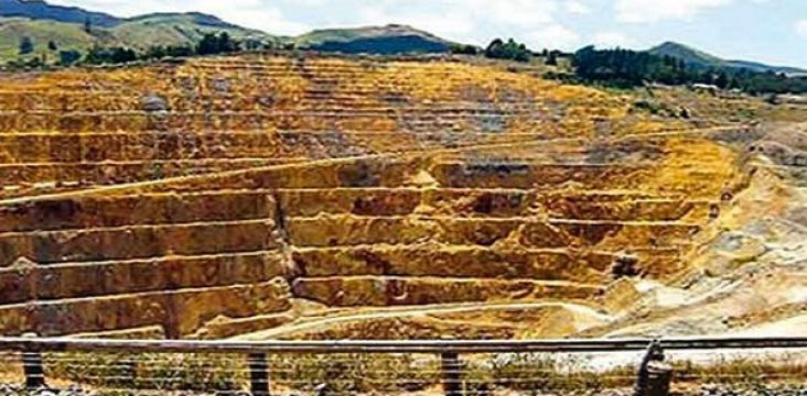 Unemployment 120 workers of Zarshouran Tekab gold mine