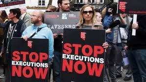 Kurdish prisoner execution in public view in Ilam
