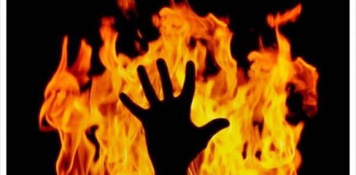 The self immolation of a Kurdish woman in Javanrud , East of Kurdistan
